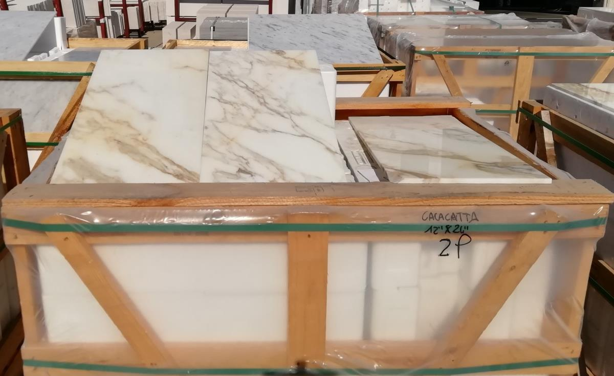 For Sale: LONDON CALACATTA MARBLE Image 1